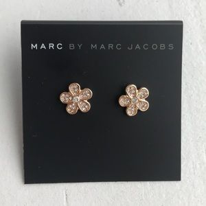 Marc Jacobs Daisy Stud Earrings Rose Gold